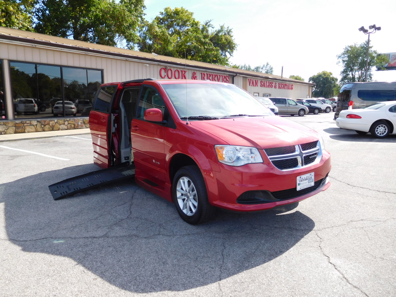 16 GRAND CARAVAN BRAUN ENTERVAN WHEELCHAIR PKG