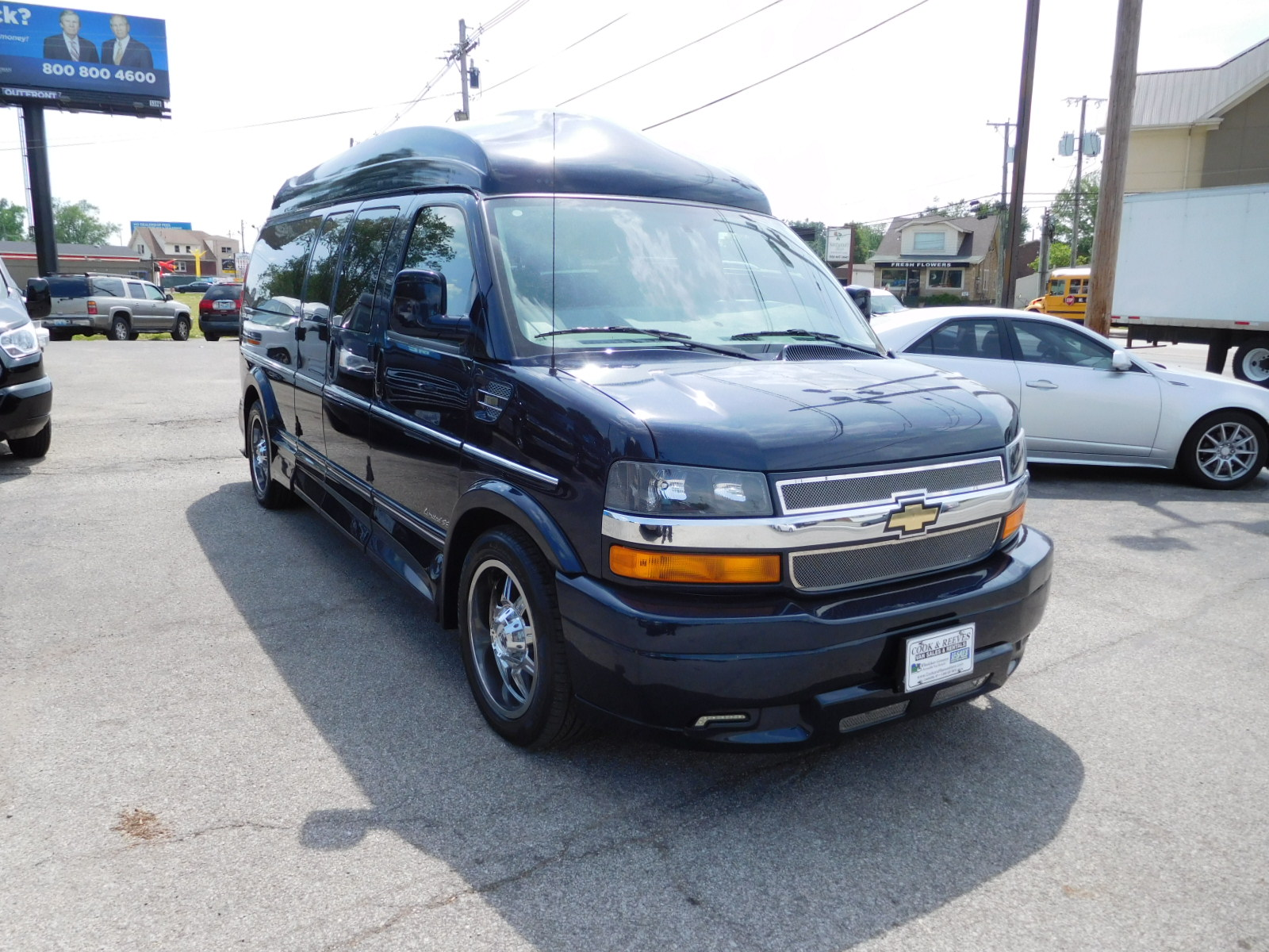 17 Chevy Express Explorer Limited SE 9 passenger